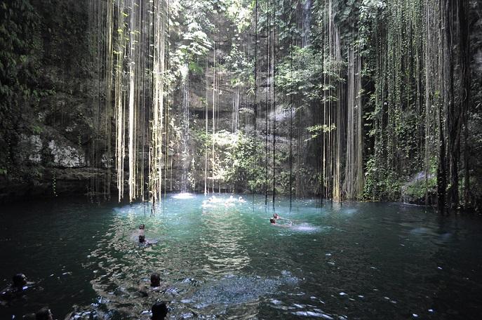 Cenote Riviera Maya