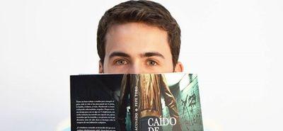 Medium_presentaci_n_del_libro__ca_do_de_las_nubes__en_fnac_sevilla