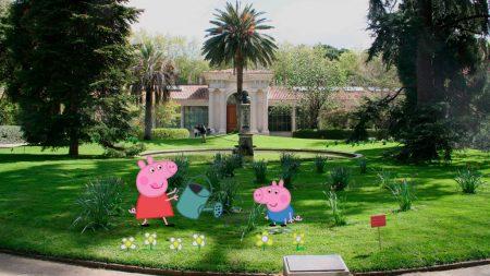 peppa-pig-y-su-familia-visitan-el-jardin-botanico-de-madrid