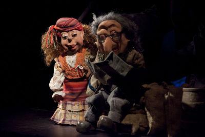 Medium_teatro_de_t_teres_con__los__ltimos_piratas__en_la_sala_cero_de_sevilla