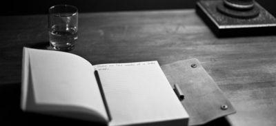 Medium_manuscript-203465_640